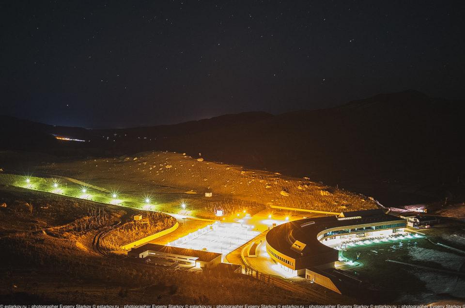 Путешествие:  Shaqdaq ночью